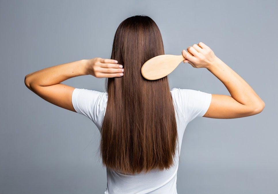 Proteggere i capelli in estate
